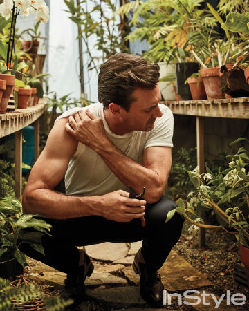 instyle-july-jon-hamm